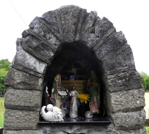 Altar, Saint Brigid's Well, Kildare
